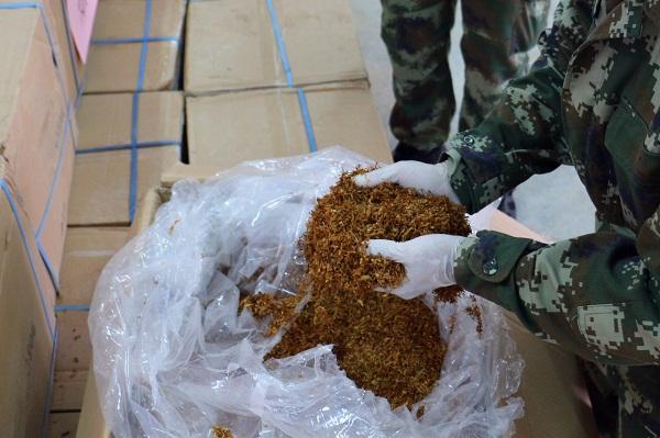 广西百色边防查获烟丝15000多公斤
